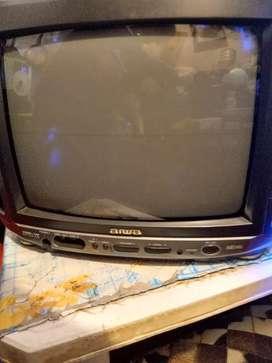 "Vendo tv 15"" Aiwa c/çontrol"
