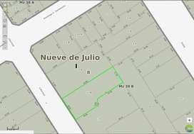 DUEÑO Vendo lote céntrico en 9deJulio, calle Libertad y Urquiza. 689m2