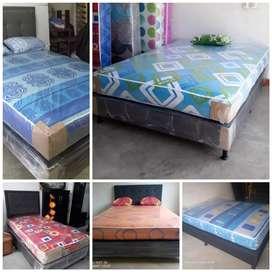 Base cama y colchón ortopédico + 2 almohadas