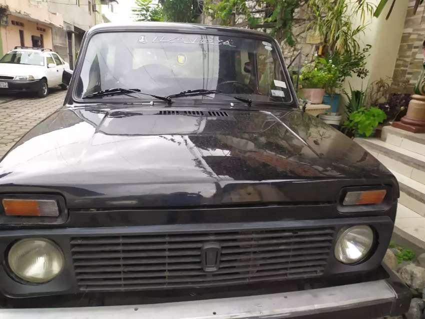 Vendo Lada Niva 4x2 0
