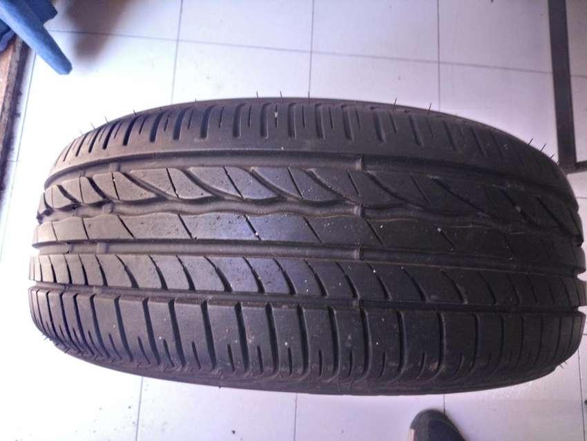 Vendo Neumático 195/55 R16 Bridgestone Turanza Er300 0
