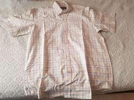 Camisa casi nueva talle S