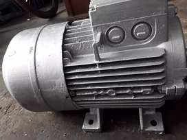 Motor SIEMENS Bifasico 5Hp
