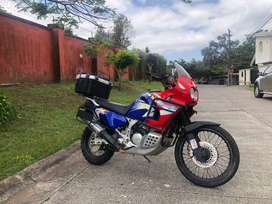 Africa Twin XRV750