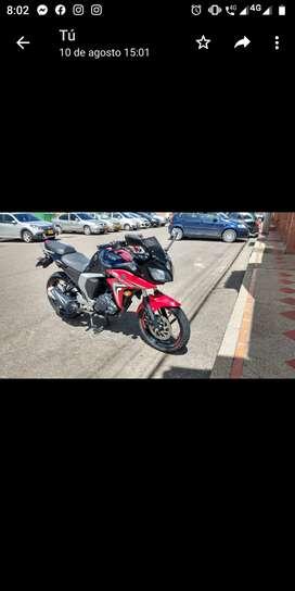 Se vende Yamaha Fazer 2.0 FI