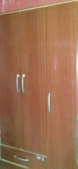 Vendo placard 3 puertas usado
