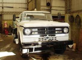 Camion Ford 7000 Regador