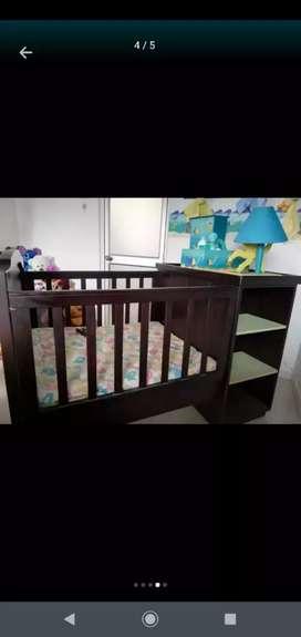 Cuna para bebé en madera