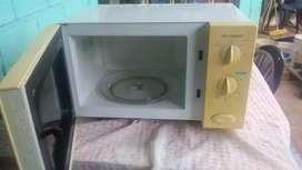 Vendo microonda en buen estado sin uso