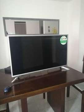 "Gangazo Televisor de 40"" HYUNDAI"