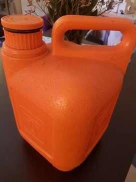 Vendo bidon termico para agua o alimento 5 litros