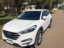 """Tucson Style """"Impecable"""""""