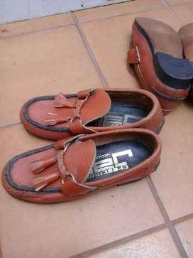 Zapato mocasín de niños nuevos