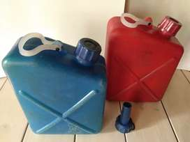 Bidones Antiguos Para Combustible y Agua