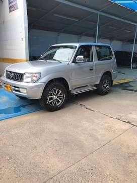 Alquiler de vehiculo 4x4 con conductor