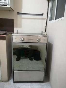 Cocina indurama de 4 hornillas