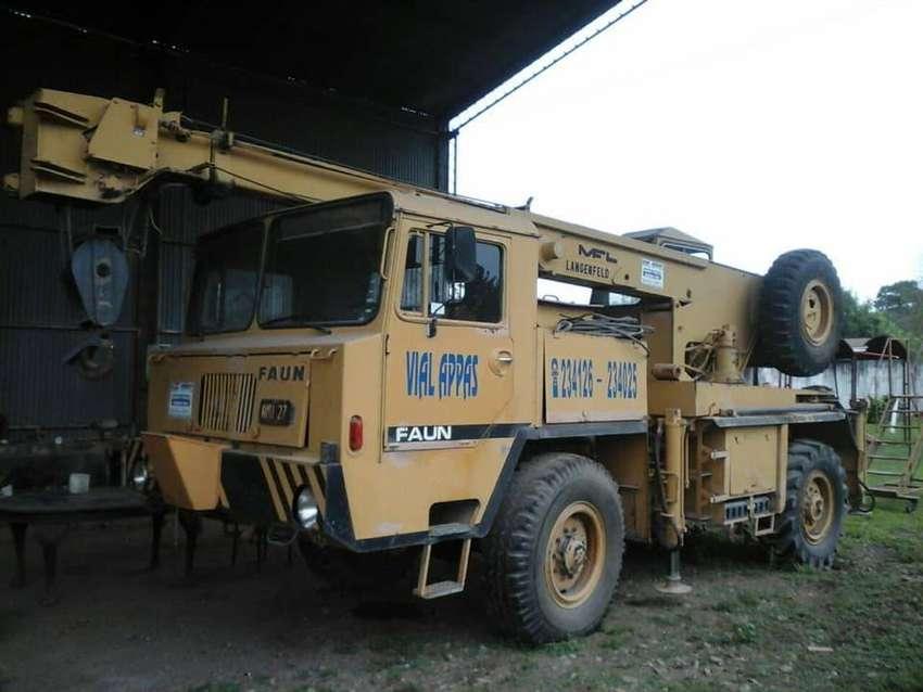 Grua Faun 4x4 ex reserva del Ejercito permuto por camioneta 0