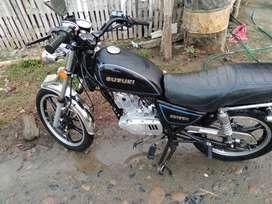 Vendo moto suzuki gn 125