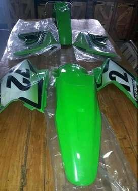 Vendo plastico completo de klx 450