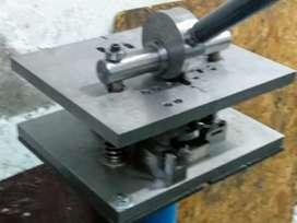 Punzonadora para perfiles de aluminio