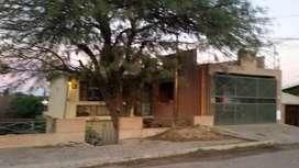 Vendo casa 2 Dor. 200 mtrs Cubiertos / PILETA.