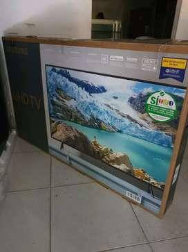 Bello televisor Samsung de 55 modelo nuevo