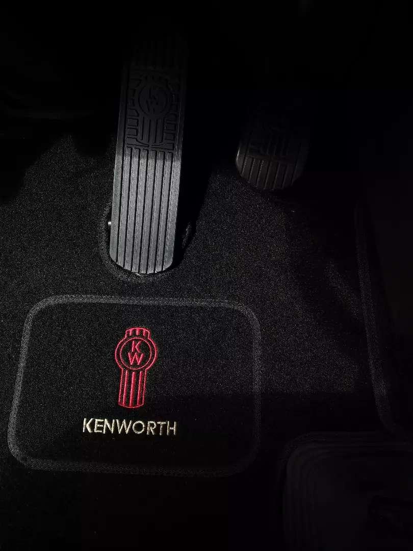 Tapetes en Alfombra Kenworth T-800 0