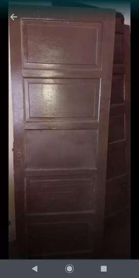Vendo puerta interior  con detalle