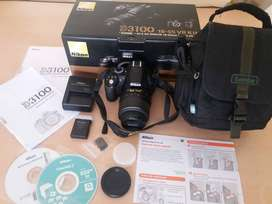 Cámara Nikon D3100. Lente AF-S 18-55 VR. 38mil disparos