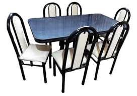 Juego de mesa y sillas (usado)