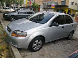 Aveo sedan plateado mod 2006