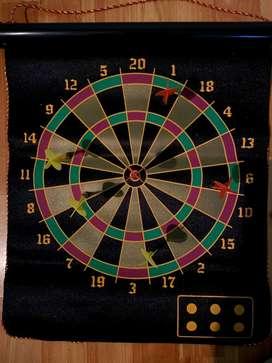 Magnetic Dart Board Como Nuevo