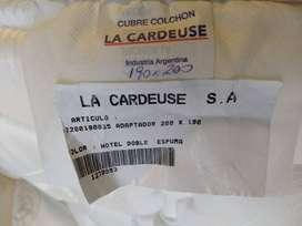 Adaptador La Cardeuse - Doble espuma - 1.90 x 2.00 - Nuevo, sin uso