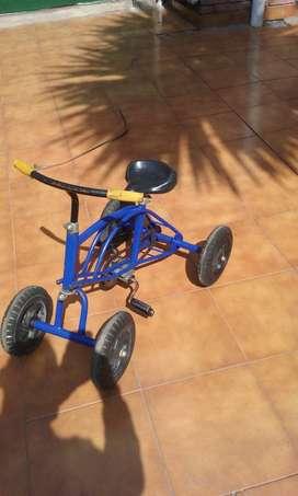 Triciclo cuadriciclo nene