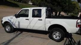 vendo ford ranger XL PLUS 3.0 modelo 2011 , recibo menor valor