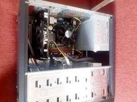 CPU intel core 2 Quad 8400 ( 4 nucleos )  + HD 4770