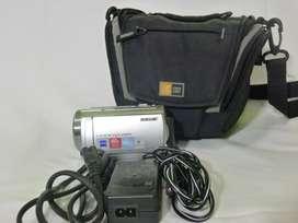Sony DCR-SR68 - Videocámara manual de 80 GB (Seminueva)