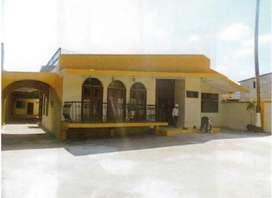 Casa de venta tenis club entre av manabi y 5 de junio Portoviejo