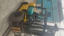 Montarga Komatsu diesel