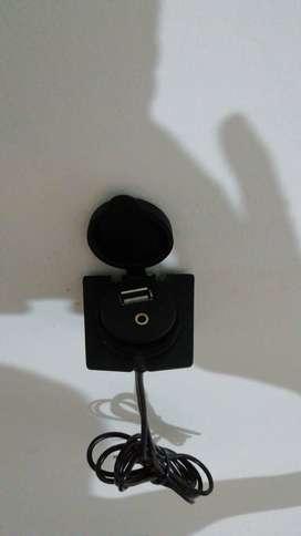 Extensión USB y Auxiliar para carro