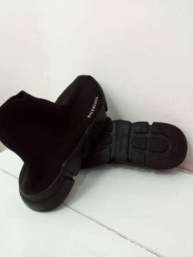 Vendo zapatillas balenciaga