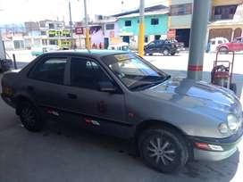 Toyota Corolla bicombustible Glp y gasolina, recién inscrito a taxi