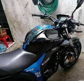 Vendo motocicleta gixer 150
