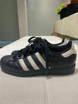 superstars adidas original talla 3 1/2 usa