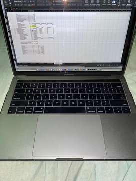 Macbook pro 2016 con touchbar 512gb