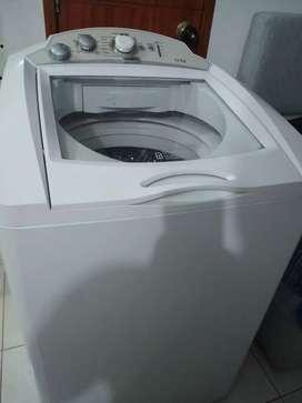 Lavadora Mabe 24 libras funciona muy bien