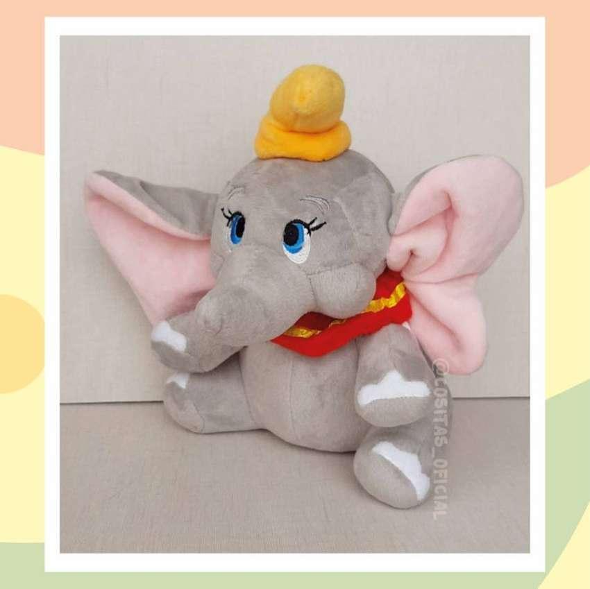 Lindo peluche de Dumbo