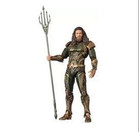 Figura De Aquaman Super Heroes 40cm