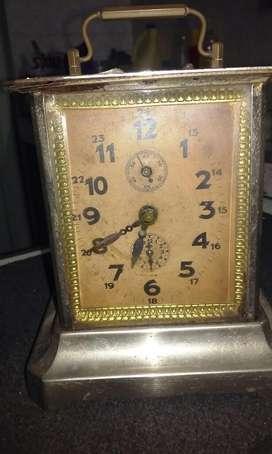 Reloj Antiguo Dice * Sb 28 * Funciona