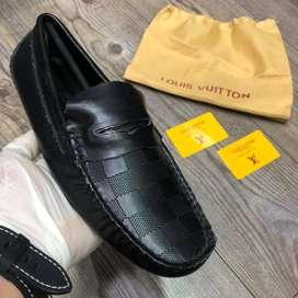 MOcasines zapatos LV LOUIS VUITTON cuadros para hombre VARIOS MODELOS, usado segunda mano  La Sultana